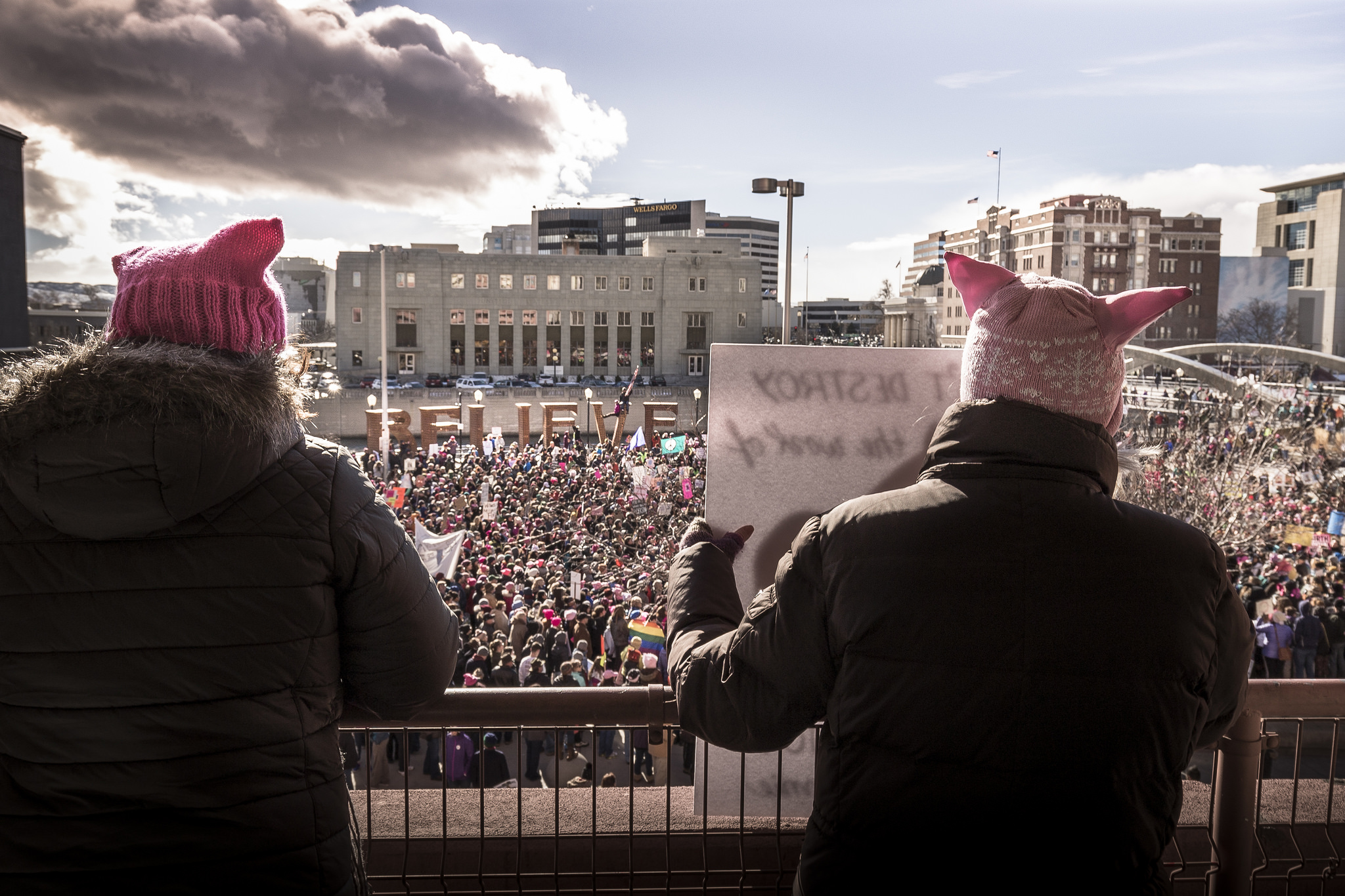 Women's March on Reno / by Trevor Bexton / flickr.com / licensed under CC 4.0